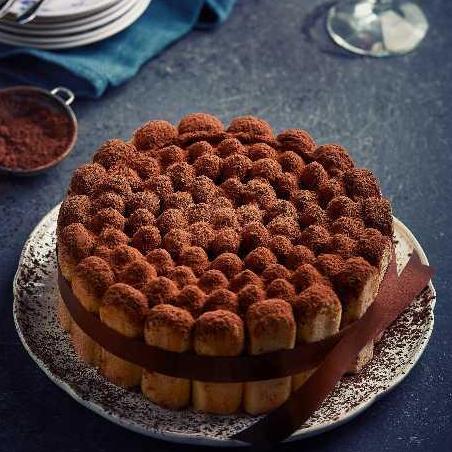 Whole Tiramisu Cake (2 working days notice)