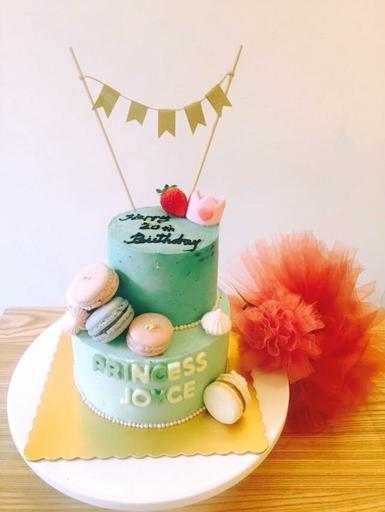 女王綠雙層蛋糕