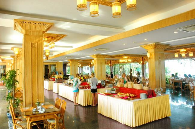 https://s3-ap-southeast-1.amazonaws.com/viettrip/Hotels/565/151732_07052013_huong-giang-resort--spa-5.jpg