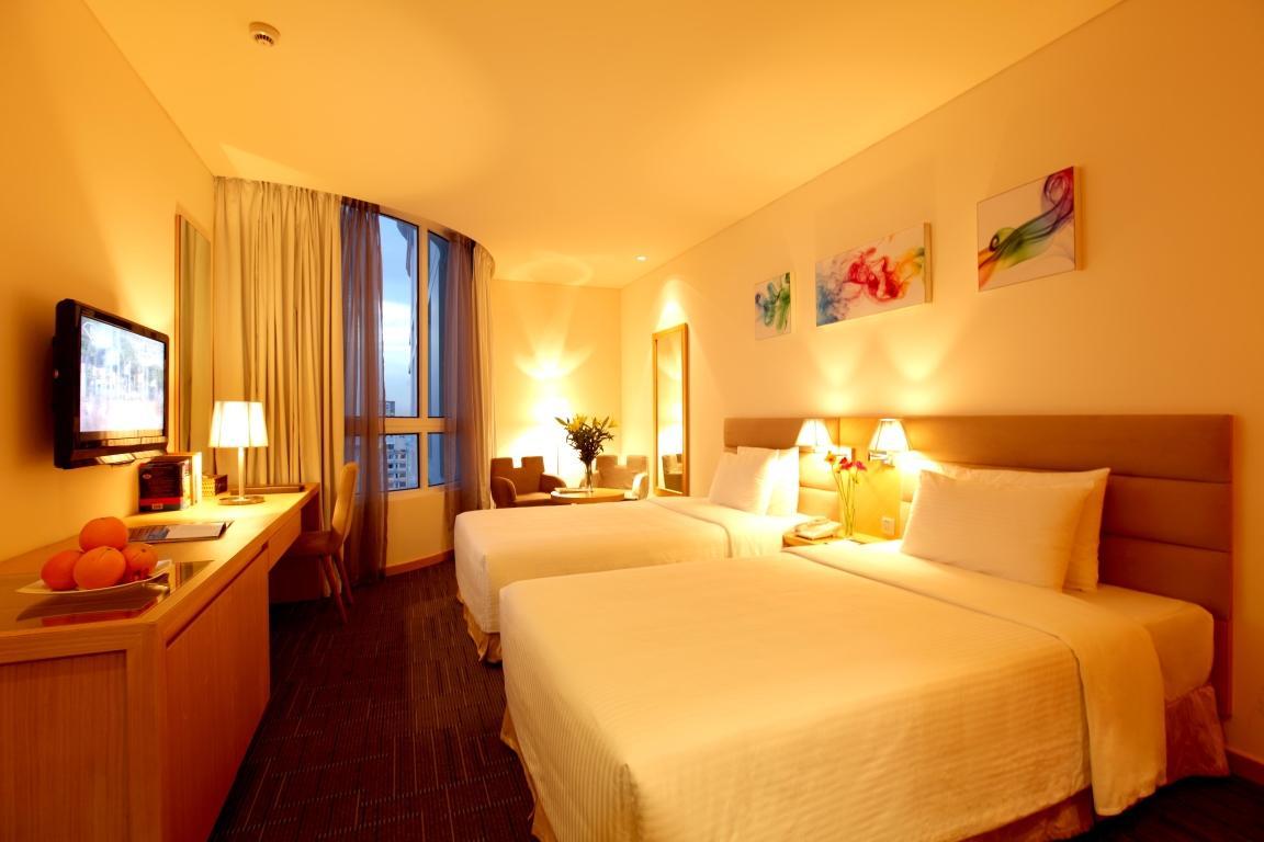 https://s3-ap-southeast-1.amazonaws.com/viettrip/Hotels/570/135228_08052013_khach-san-liberty-central-12.jpg