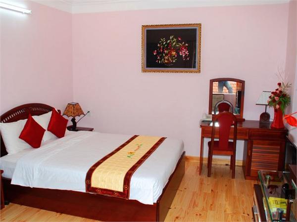 https://s3-ap-southeast-1.amazonaws.com/viettrip/Hotels/670/113105_23052013_khach-san-minh-tam-8.jpg