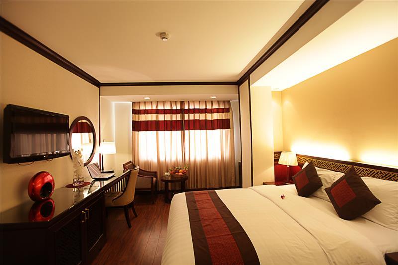 Khách sạn La Belle Vie