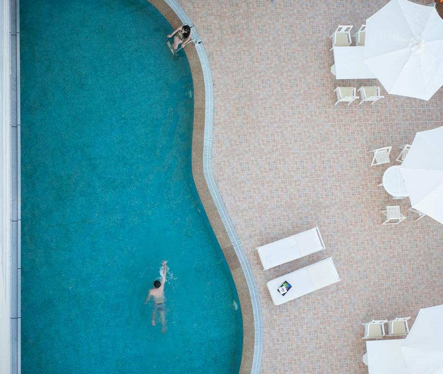 https://s3-ap-southeast-1.amazonaws.com/viettrip/Hotels/764/095927_21092015_swimmingpool5.jpg