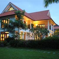 https://s3-ap-southeast-1.amazonaws.com/viettrip/Hotels/855/164408_05052014_furama-villas-0.jpg