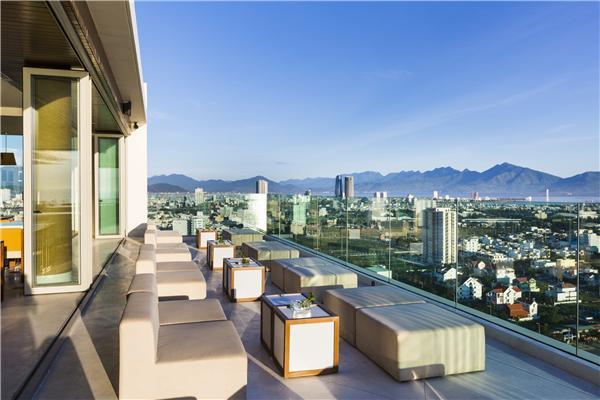 https://s3-ap-southeast-1.amazonaws.com/viettrip/Hotels/962/160516_29072015_khach-san-a-la-carte-da-nang-52.jpg