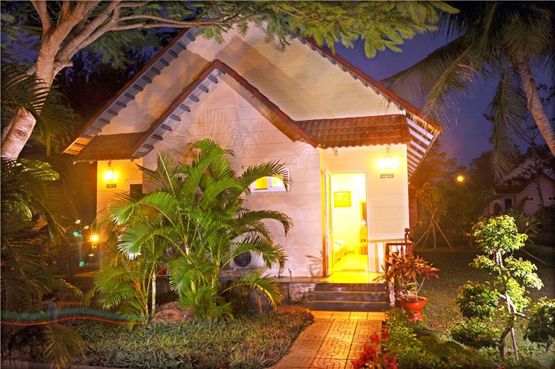 Hương Phong Hồ Cốc Resort