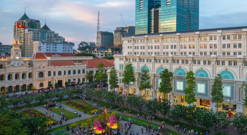 Khách sạn A&Em 8A/1D Thái Văn Lung