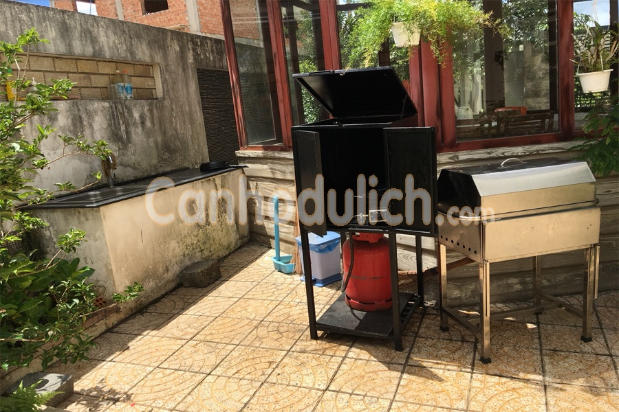 https://s3-ap-southeast-1.amazonaws.com/viettrip/Products/5301a319-e108-4684-9fa8-8d37cfb7abc0/090740_04102018_villa-da-lat-hana-canhodulich5.jpg