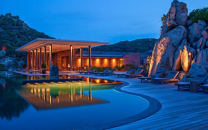 vẻ đẹp của resort về đêm