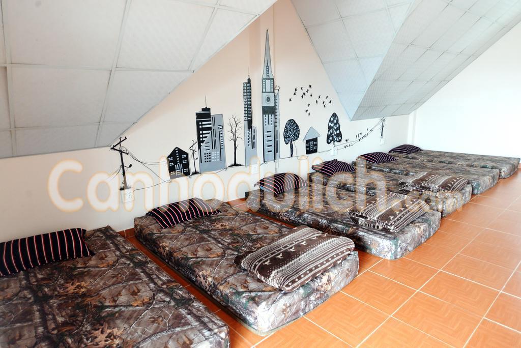 https://s3-ap-southeast-1.amazonaws.com/viettrip/Products/74398095-176a-490b-9552-31458e53038f/172834_26032018_xen-house-villa-da-lat-canhodulich12.jpg