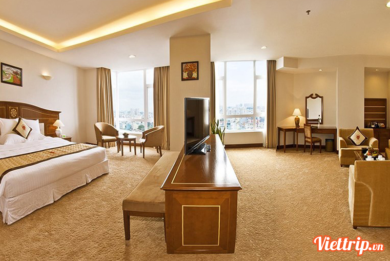 Khách sạn Tân Sơn Nhất 5 sao Sài Gòn