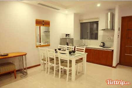 https://s3-ap-southeast-1.amazonaws.com/viettrip/Products/a846454e-607f-475e-b133-220ba1bff172/Thumbnail_110827_26122017_richico-apartment-hotel-da-nang-canhodulich5.jpg