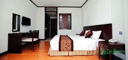 Suite - Building