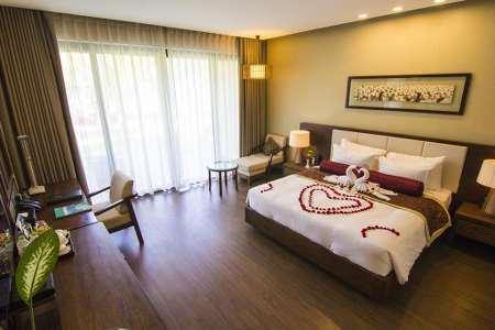 Front beach villa Suite Double/Twin