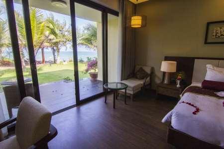 Front Beach Villa Grand Suite Double/Twin