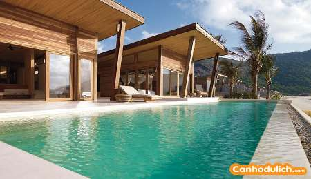 Ocean Front 3 Bedroom Pool villa