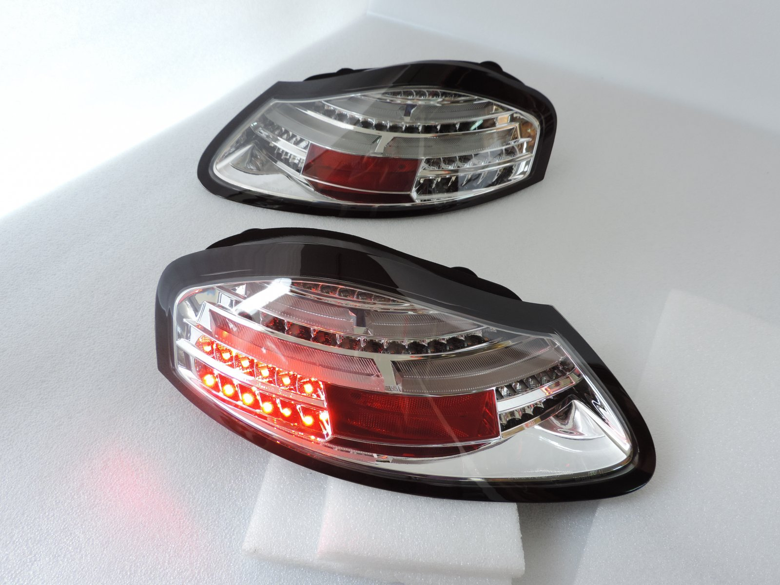 New Style Sequential Led Tail Rear Light For 1996 1997