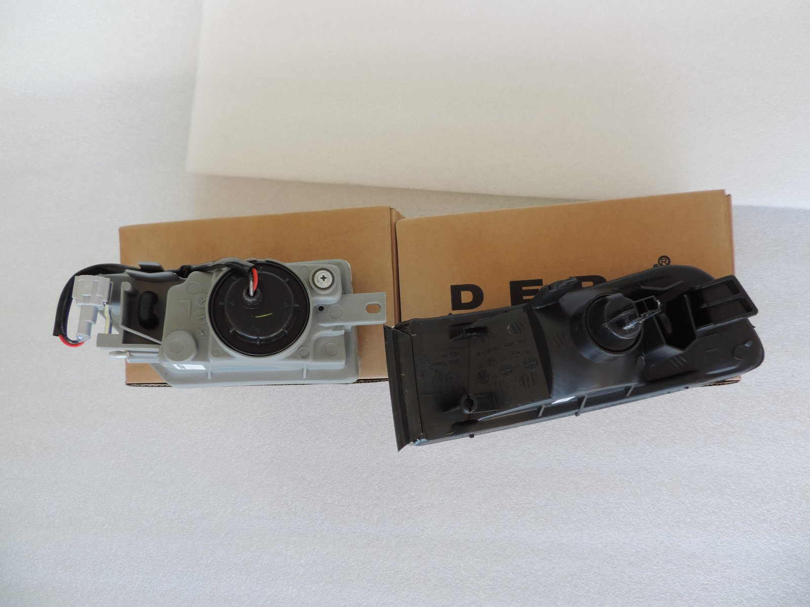Infiniti I30 Replacement Corner Light Assembly Driver Side