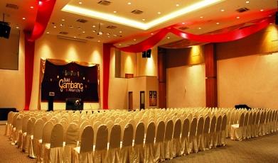 Caribbean-Ballroom-@Bukit-Gambang-Resort-city1449542004.jpg