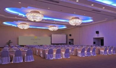 Crystal-Ballroom-at-Impiana-Hotel-Ipoh149285638758fb2e438db4a3.87325538.jpg