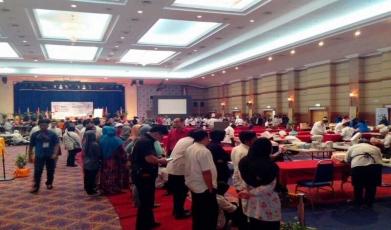 Dewan-Jubli-Perak-Sultan-Hj-Ahmad-Shah,-Kuantan1446455735.jpg