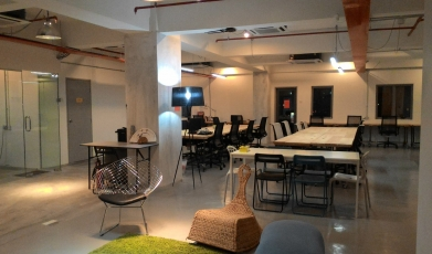 Fluent-Space-at-Kelana-Jaya15000795025969658e06eb09.91277666.jpg