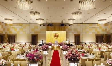 Premiere-Hotel's-Grand-Ballroom149275630758f9a753966e73.79735715.jpg