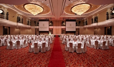 Renaissance-Kuala-Lumpur's-Grand-Ballroom149292766558fc44b1892bc5.24303734.jpg