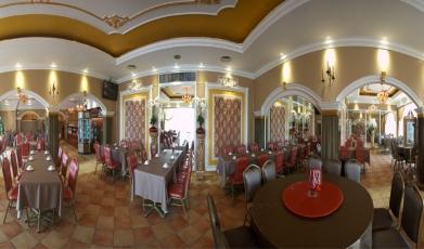 Restaurant-Cafe-De-Sky-Garden1493726651590875bb46ff59.36378364.jpg