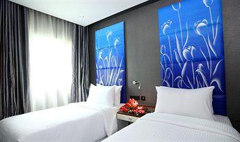 image of Spring Hotel Banquet Hall Numgambakkam ac banquet hall at nungambakkam, chennai