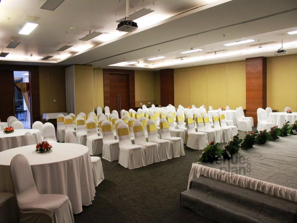 Banquet Hall At Keys Whitefield