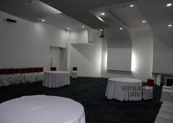 blue-room-conference-hall-seating-arrangements