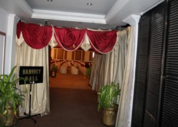 banquet-hall-entrance
