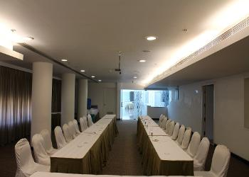 banquet-hall-2-seating