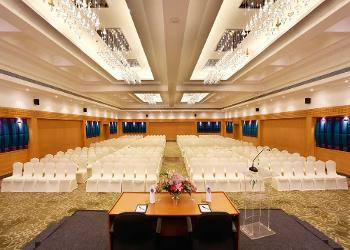 image of Banquet Hall at Green Park  ac banquet hall at vadapalani, chennai