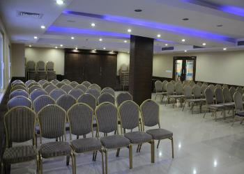 conference-hall-lighting