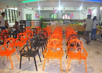 hall-seating