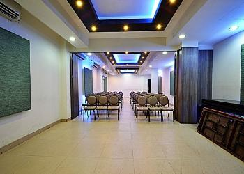 image of Liberty Park Hotel Party Hall ac banquet hall at kodambakkam, chennai