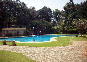 manipal county resort