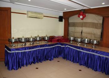 buffet-setting