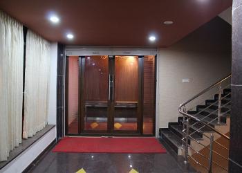 banquet-hall-entrance