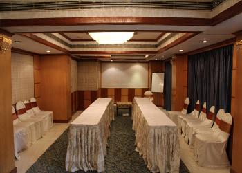 Image of Glitter Banquet Hall at Rialto Hotel Gandhi Nagar