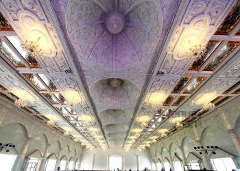 convention-hall-ceiling-decor