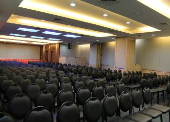 left-view-from-stage