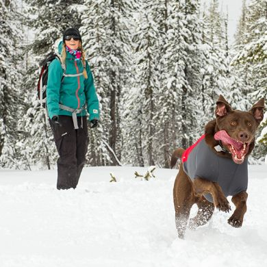 thumb_ruffwear-powderhound-dog-jacket-red-snow_adaptiveResize_390_390.jpg