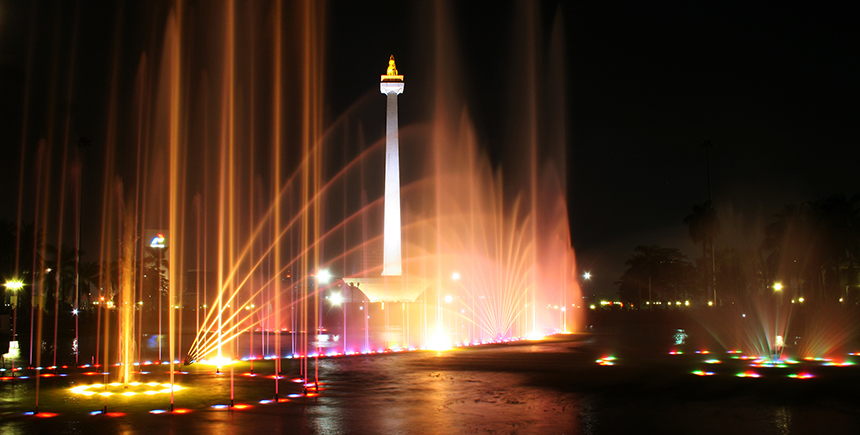 Jakarta's National Monument at night