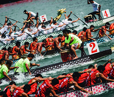 Paddlers battle it out at the Hong Kong Dragon Boat Carnival