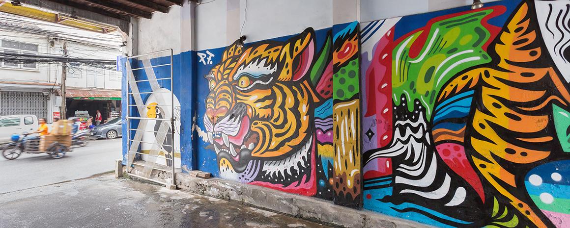 Murals at Phang Nga Rd
