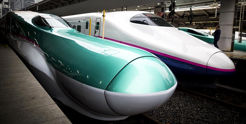 The E5 Series and E1 Series Shinkansen