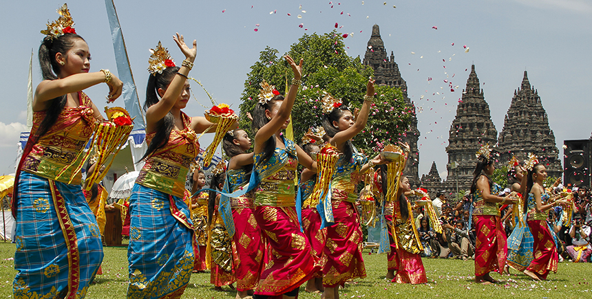 Many South-East Asian dance forms like this Balinese pendet were said to have been inspired by pre-colonial Indian court dances